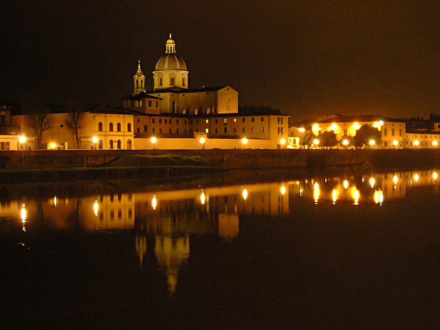 """L'église San Frediano, côté Oltrarno"" by VoronoV on Flickr (CC BY-NC-ND 2.0)"