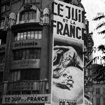 """Paris, Propaganda gegen Juden"" by Das Bundesarchiv on Wikimedia Commons (CC BY-SA 3.0)"