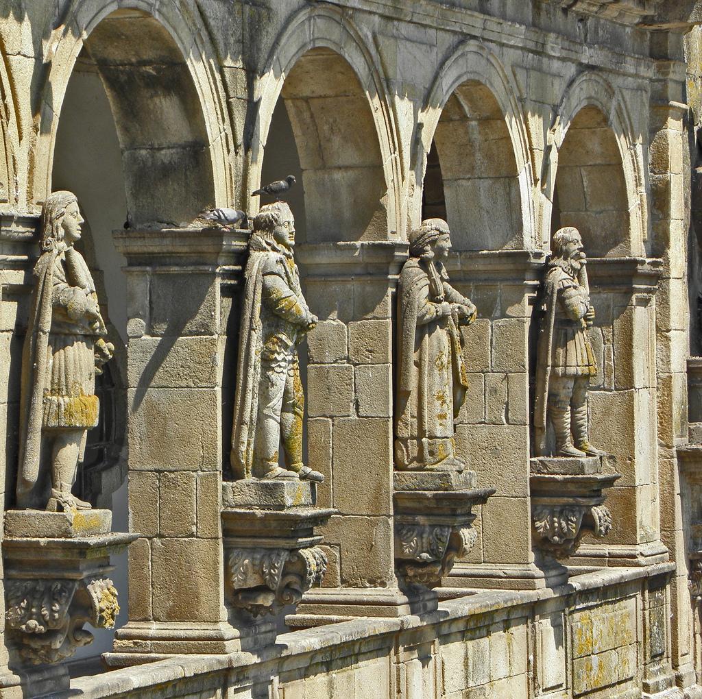 """""""A Varanda dos Reis, Igreja São Gonçalo"""", by amaianos on flickr (CC-BY-NC-SA)"""