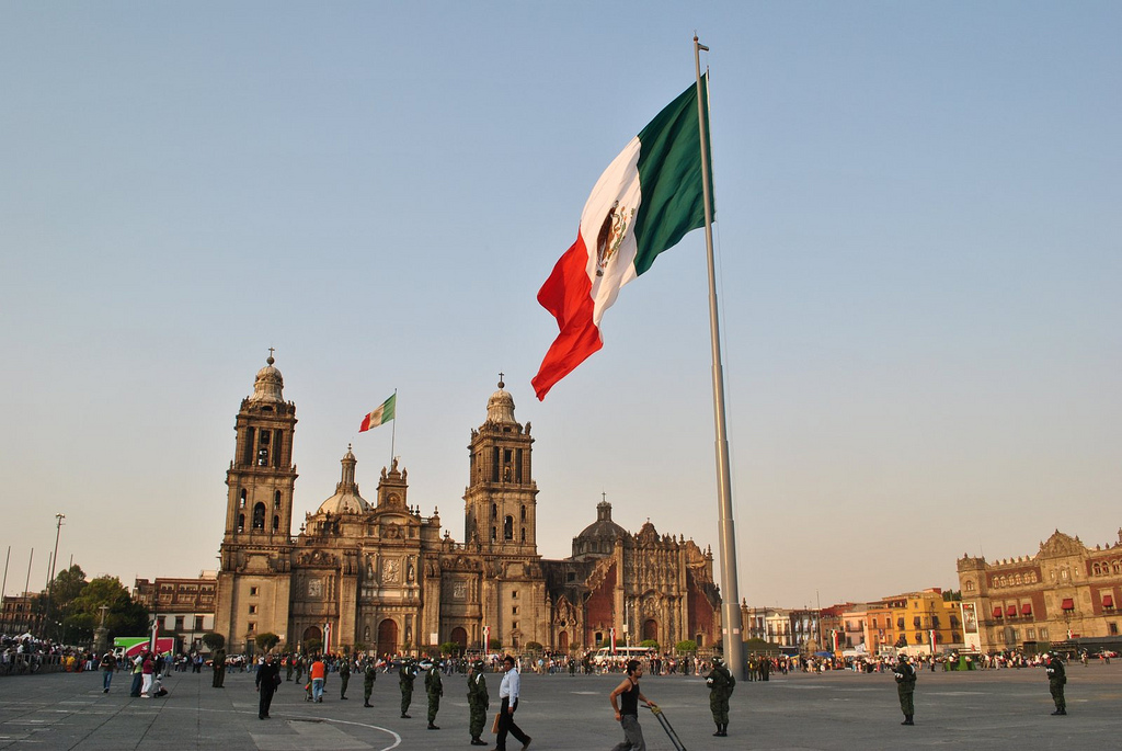 """El Zócalo"" by aqui_c on Flickr (CC BY-NC 2.0)"