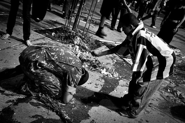 """""""Ato pela Memória e Justiça dos mortos e desaparecidos da Ditadura!"""" by Casa Fora do Eixo Minas on Flickr (CC BY-SA 2.0)"""