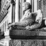"""Ingresso Università Federico II"" by Antonio Manfredonio on Flickr (CC BY-SA 2.0)"